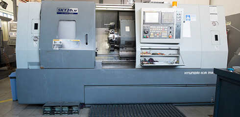CNC turning HIUNDAY-KIA SKT28 LM